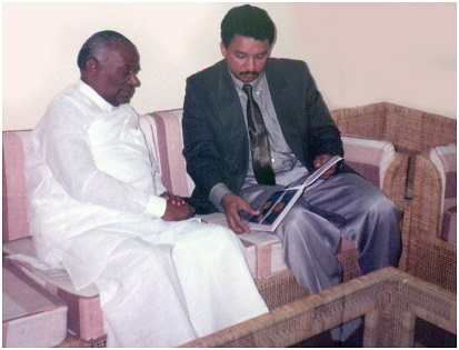 Dr SM Balaji with Honble-Saumyamoorthi Thondaman