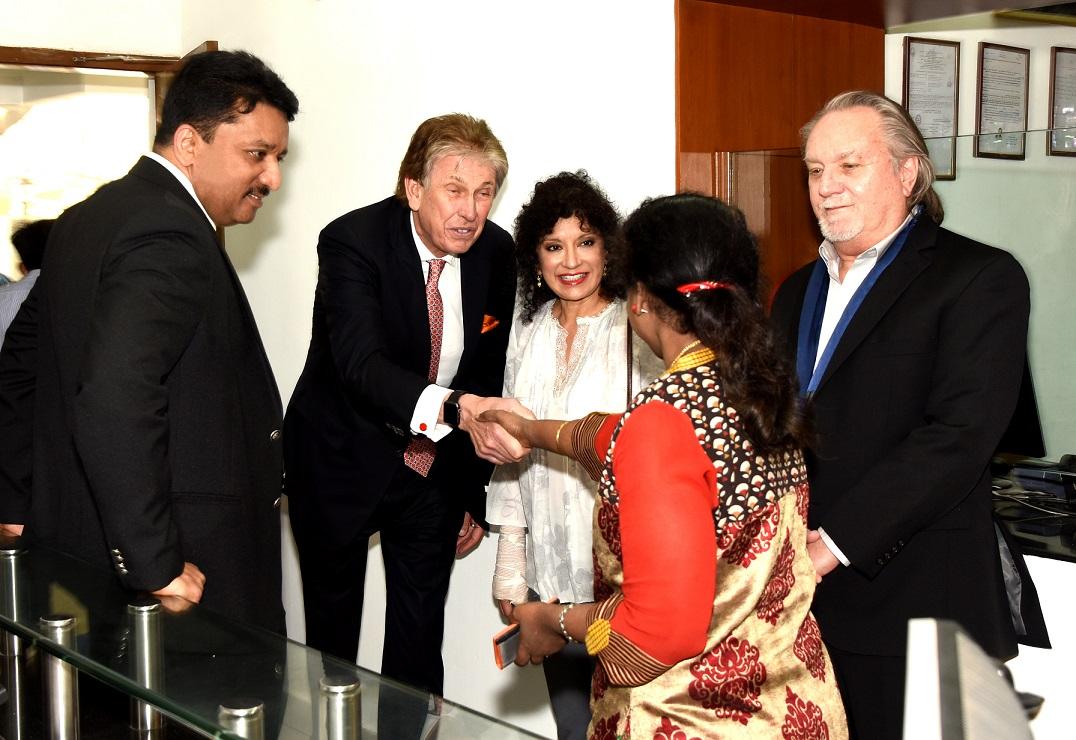 Dr. S.M. Balaji introducing Ms. Mala, Senior Trade Specialist, U.S
