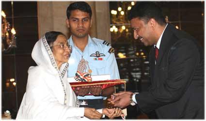 Dr S.M Balaji receiving Dr.B.C. Roy National Award