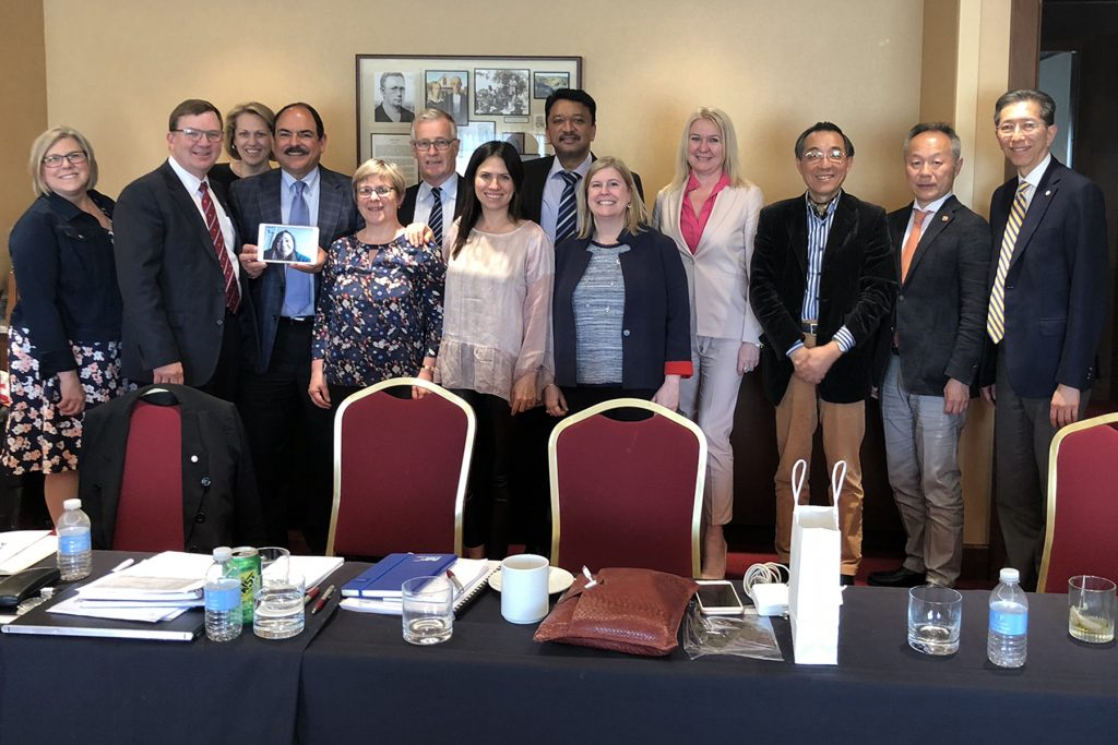 Members Of The Fdi Education Committee And American Dental Association Advisory Committee At The Conclusion