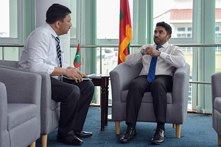 Dr Sm Balaji With The Health Minister Of Maldives