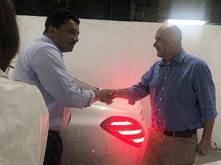Dr SM Balaji welcomes Dr Ihde