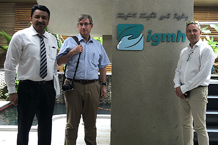 Dr SM Balaji with Dr David Koppel and Mr Peter Evans at IGMH