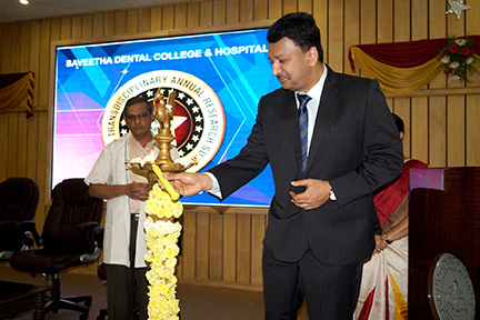 Dr SM Balaji lit the ceremonial lamp to inaugurate proceedings at the STAR Summit in Saveetha Dental College