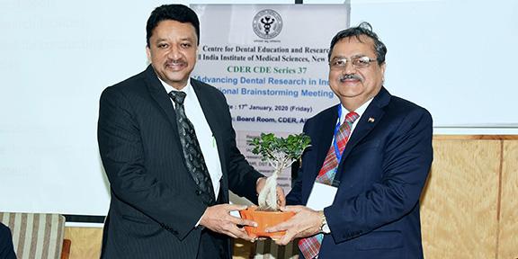 Dr Sm Balaji Being Felicitated